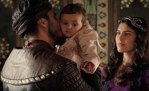 Шехзаде Мустафа, его жёны и дети