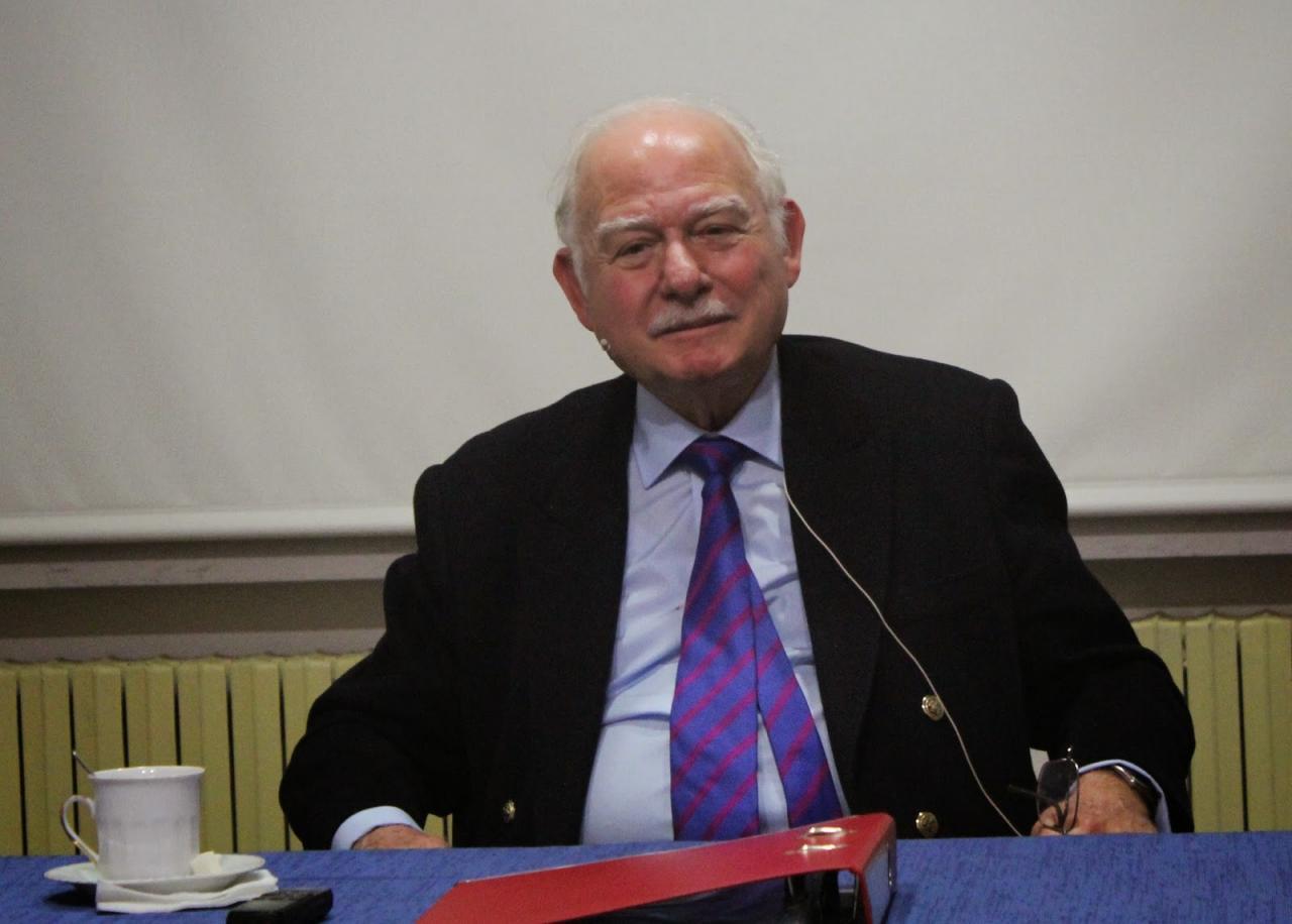 Осман Салахаддин Османоглу
