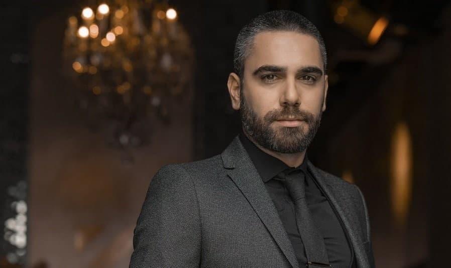 Турецкий актёр Кадир Догулу
